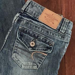 AEO Boyfriend Jeans w Flap Pockets, Size 2 Short